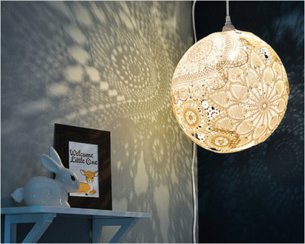 12 d corations diy pour la chambre de b b for Decoration plafond chambre bebe